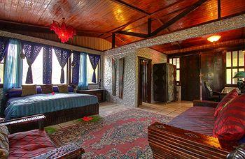 Maruba Resort