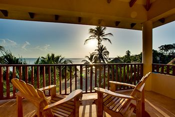 Belizean Dreams Resort